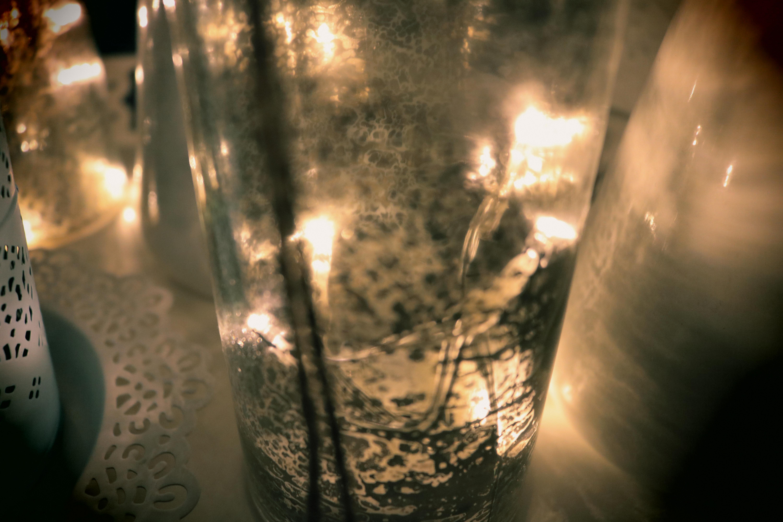 akzente setzen mit den beleuchteten deko flaschen der rcee. Black Bedroom Furniture Sets. Home Design Ideas
