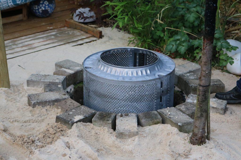 DIY-Feuerstelle-aus-Waschmaschinentrommel-bauen-6